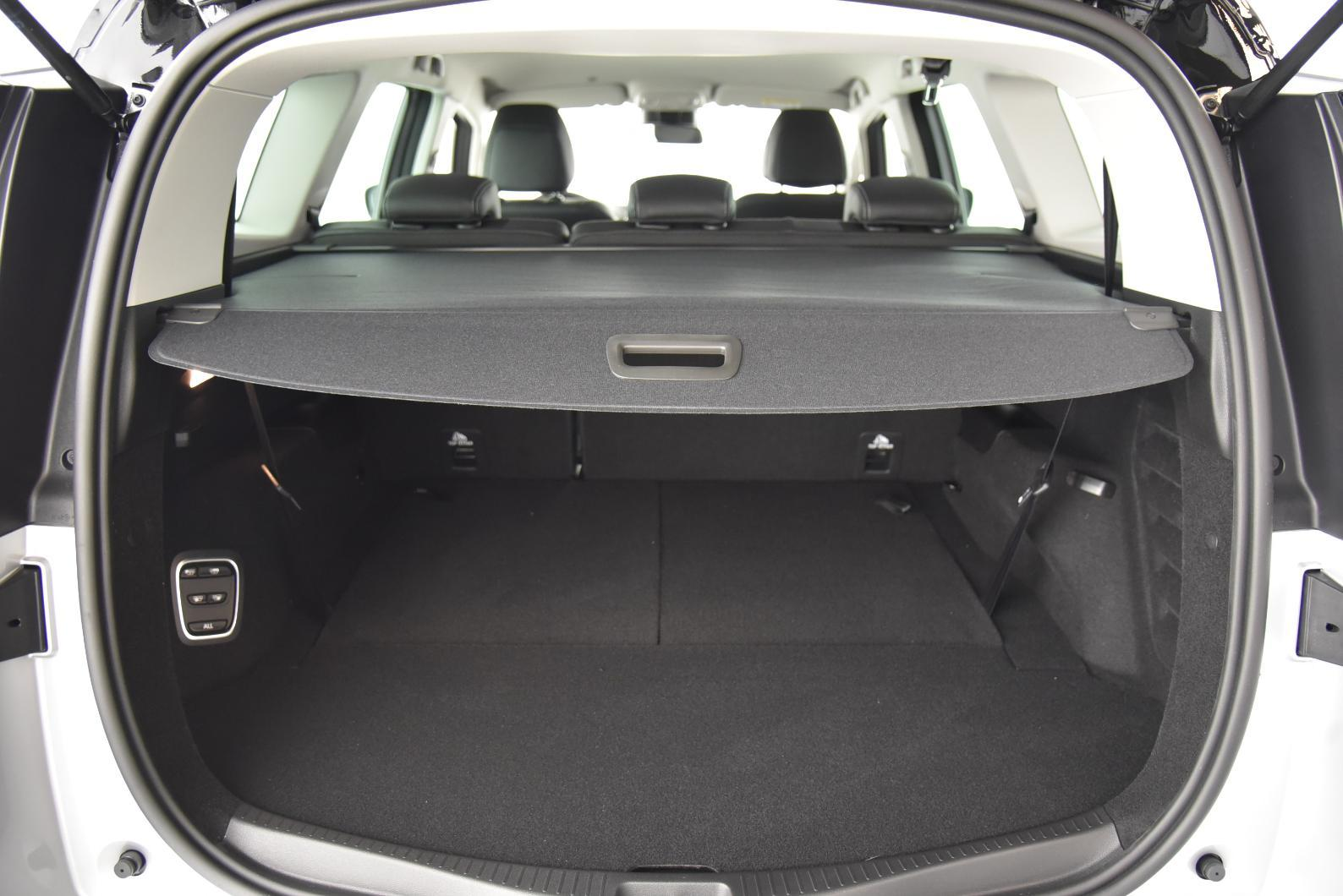RENAULT Scenic IV Scenic TCe 160 Energy Intens