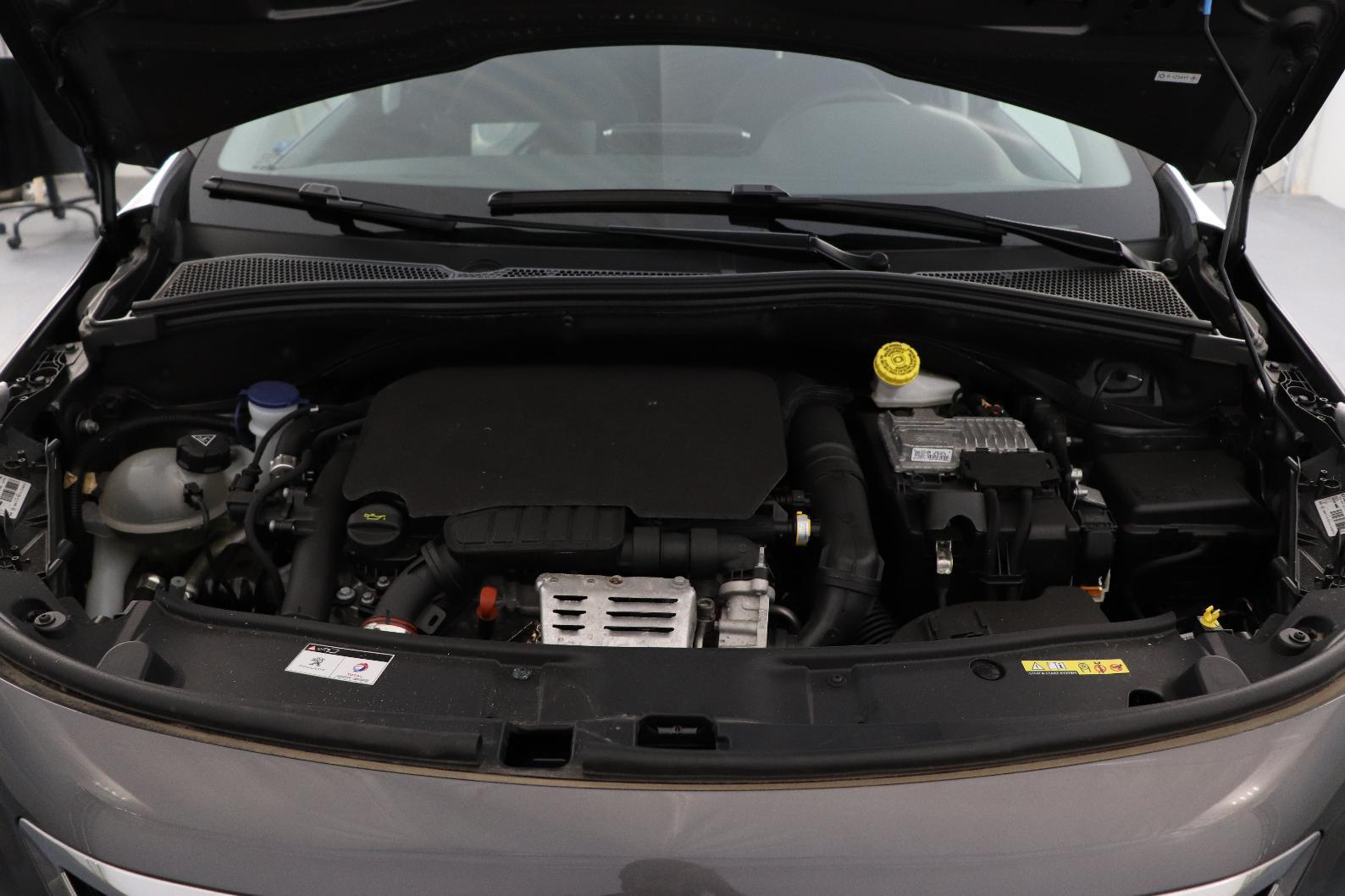 PEUGEOT 2008 1.2 PureTech 130ch S&S BVM6 Allure