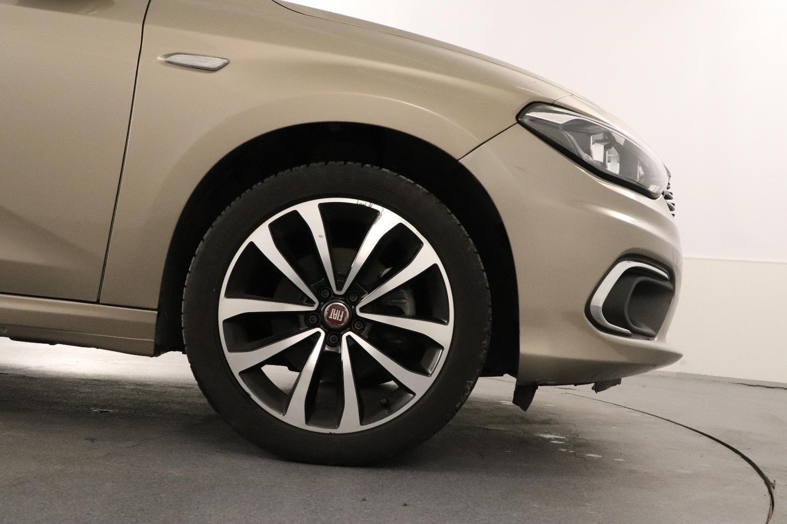 FIAT TIPO 5 PORTES Tipo 5 Portes 1.6 MultiJet 120 ch Start/Stop Easy