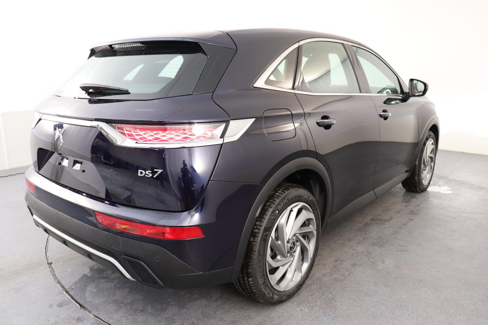 DS DS7 CROSSBACK BUSINESS DS7 Crossback BlueHDi 130 EAT8 Business