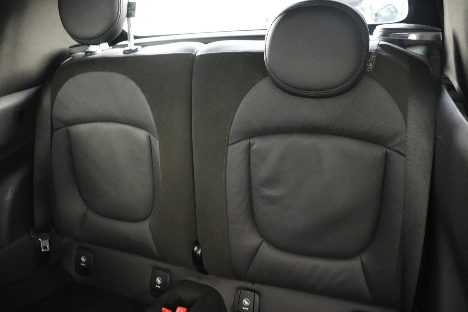 MINI MINI CABRIOLET F57 LCI Mini Cabriolet Cooper 136 ch