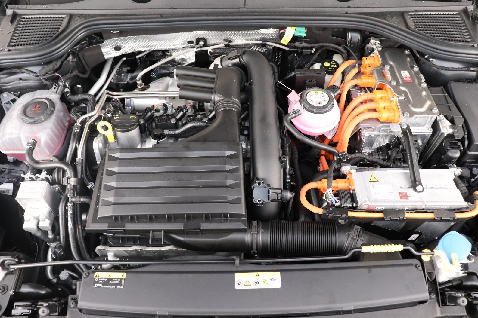 VOLKSWAGEN GOLF 1.4 Hybrid Rechargeable OPF 204 DSG6 Style 1st