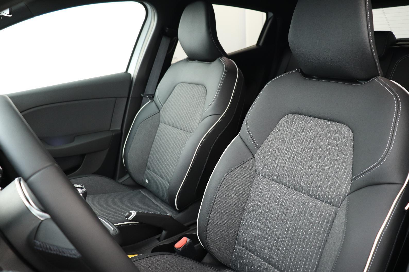 RENAULT CLIO V Clio TCe 90 - 21 Intens