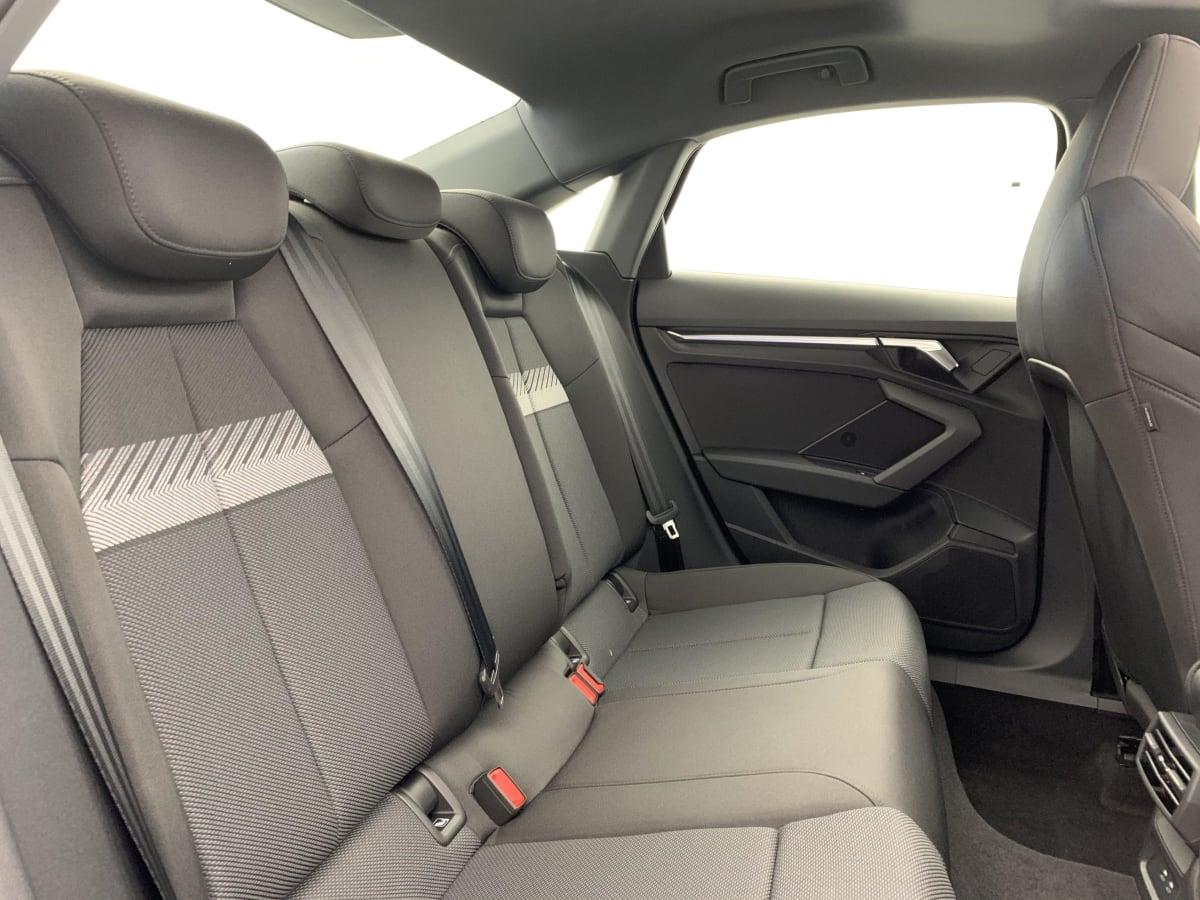 AUDI A3 BERLINE NOUVELLE 35 TFSI 150 S TRONIC 7 DESIGN