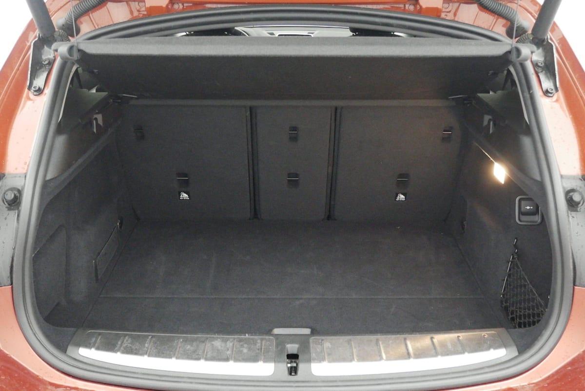 BMW X2 F39 X2 sDrive 18d 150 ch BVA8 Lounge Plus