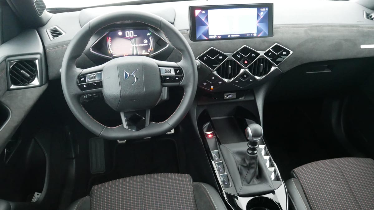 DS DS3 Crossback BlueHDi 100 S S BVM6 Performance Line