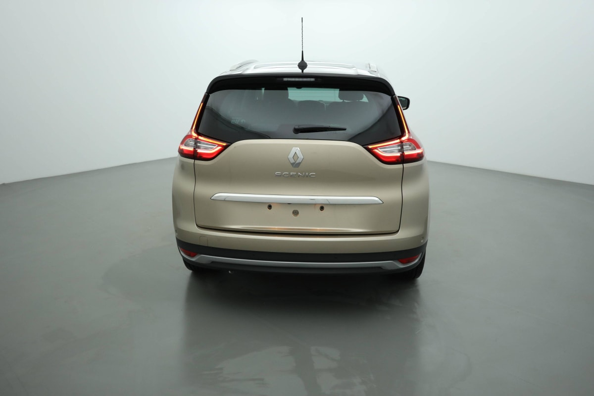 RENAULT Grand Scenic IV TCE 140 FAP EDC INTENS 7 PLACES