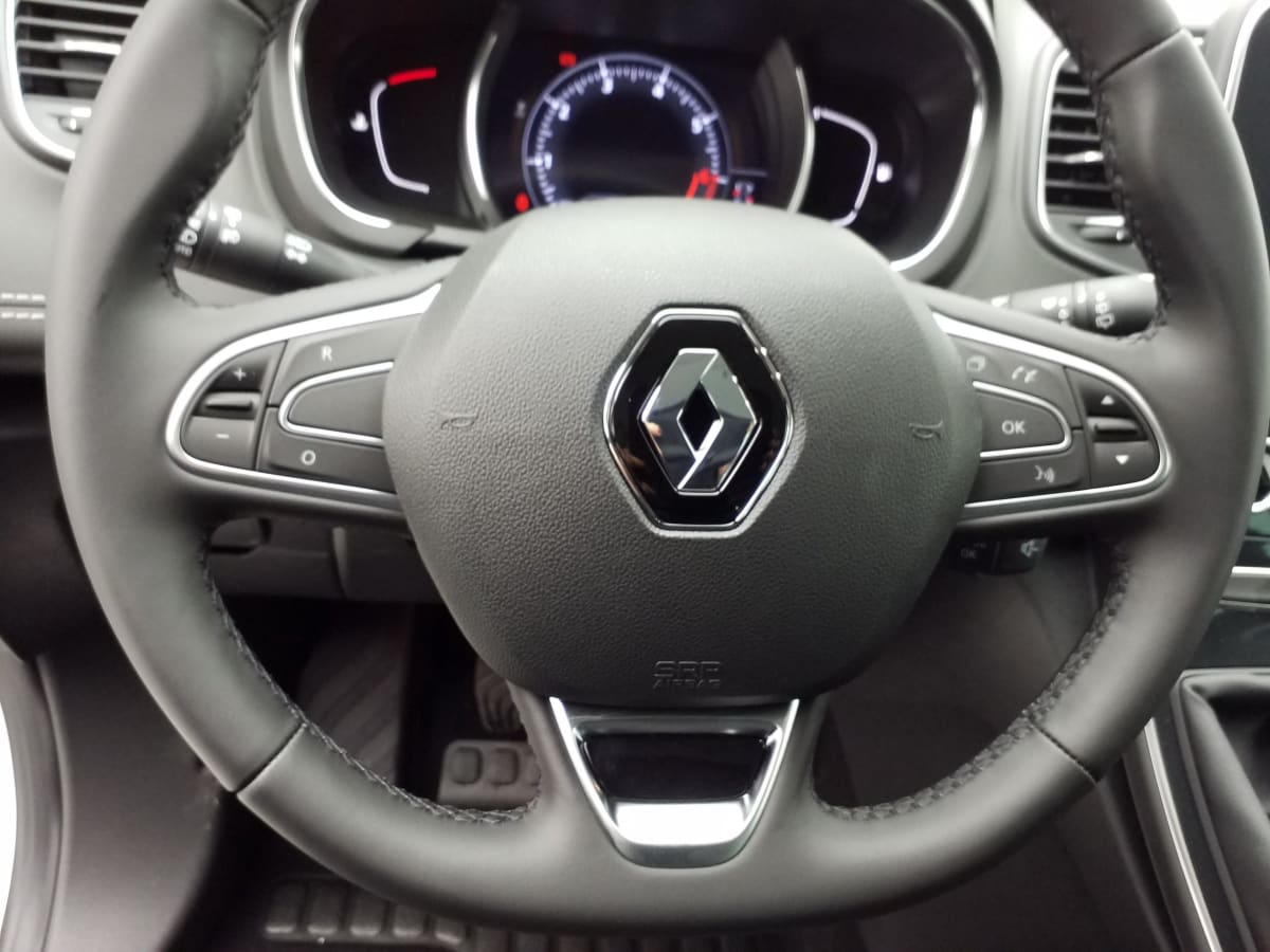 RENAULT Grand Scenic IV TCE 140 FAP INTENS 7 PLACES