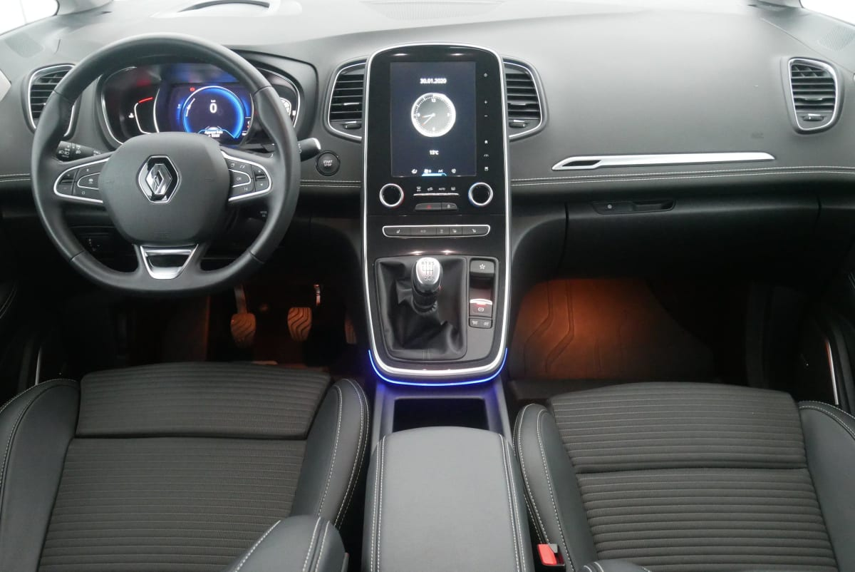 RENAULT Scenic IV BLUE DCI 150 INTENS