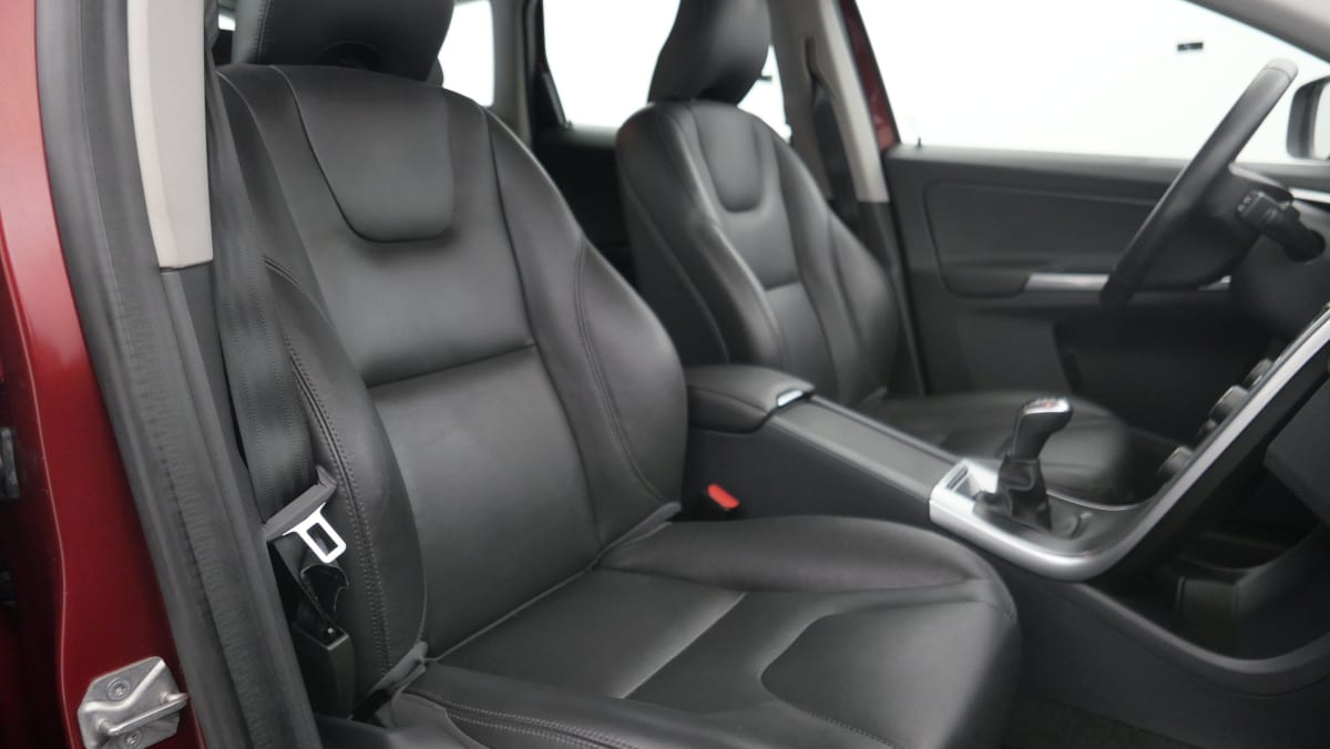 VOLVO XC60 D4 190 CH KINETIC